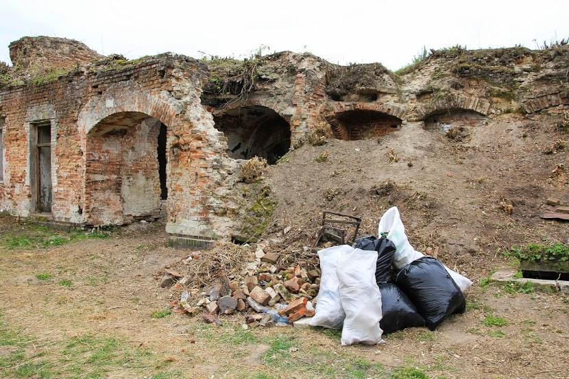 уборка, Бернардинский монастырь