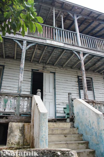 Халупки, Куба, Остров свободы