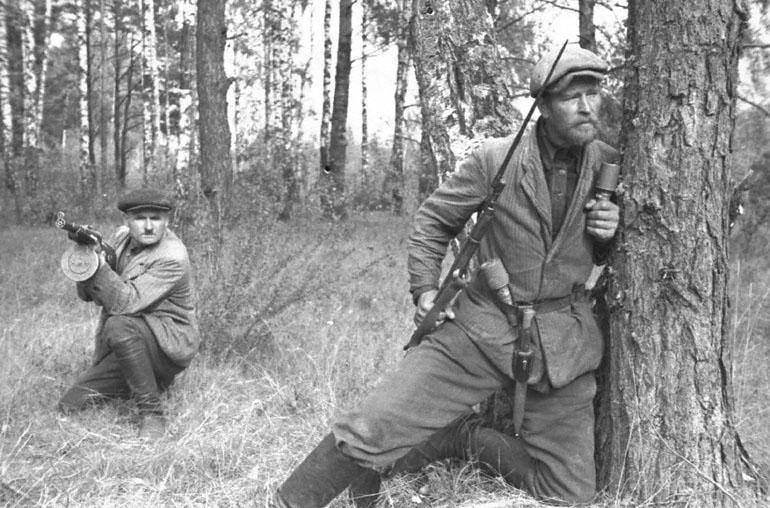 Партизаны, партизаны в лесу