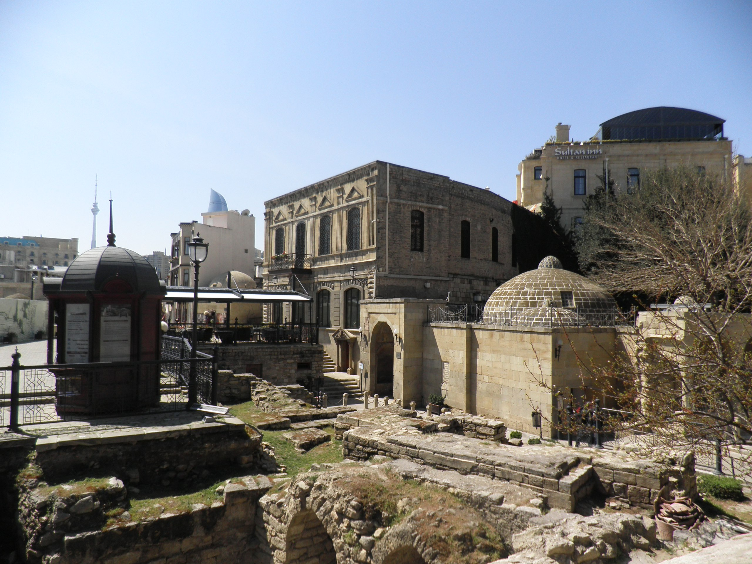 Как там жить, Азербайджан, Баку, старый город