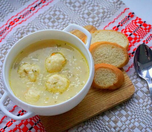Суп з сырнымі шарыкамі