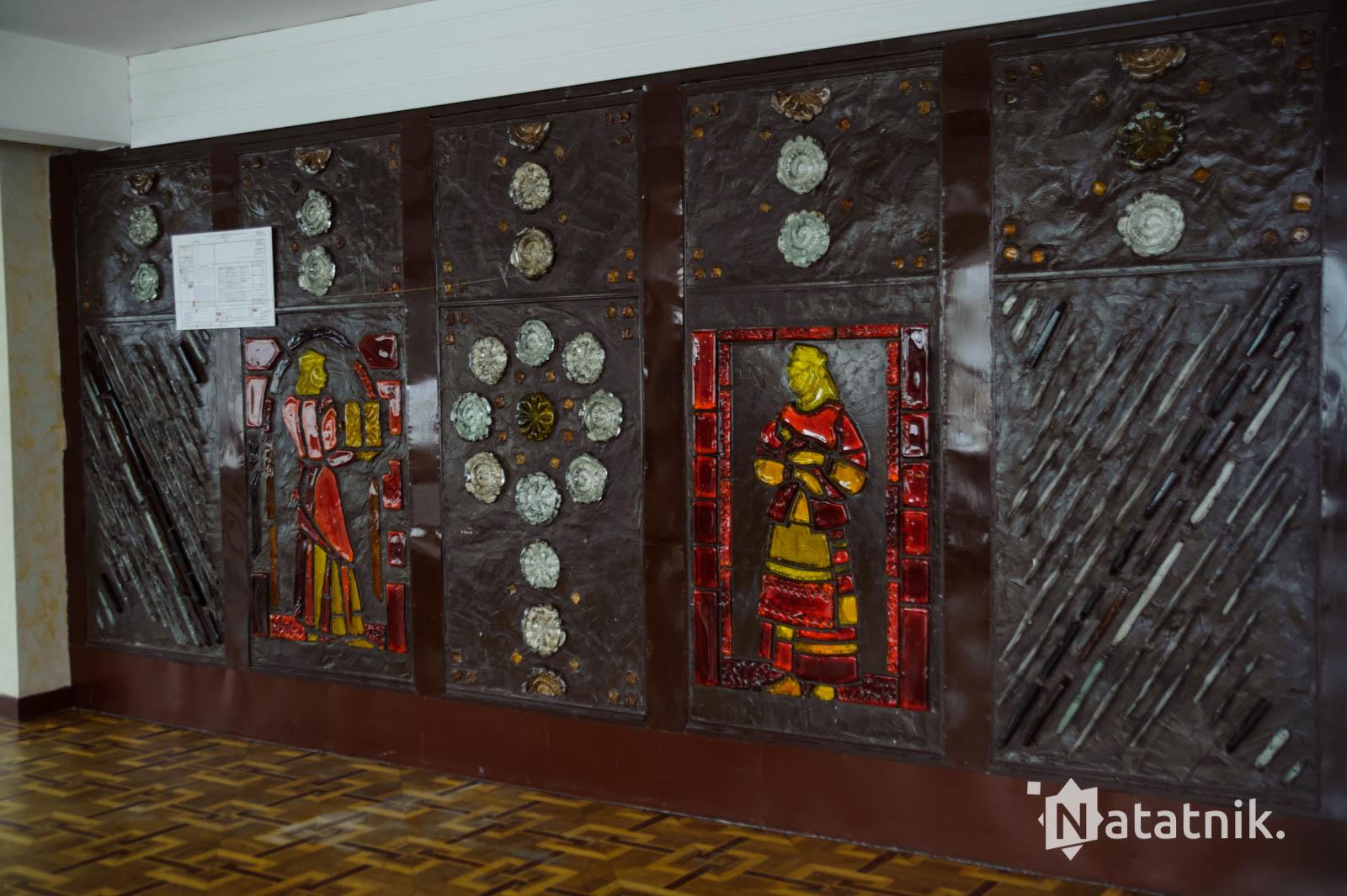 мозаика из цветного стекла в национальной стилистике, Брест