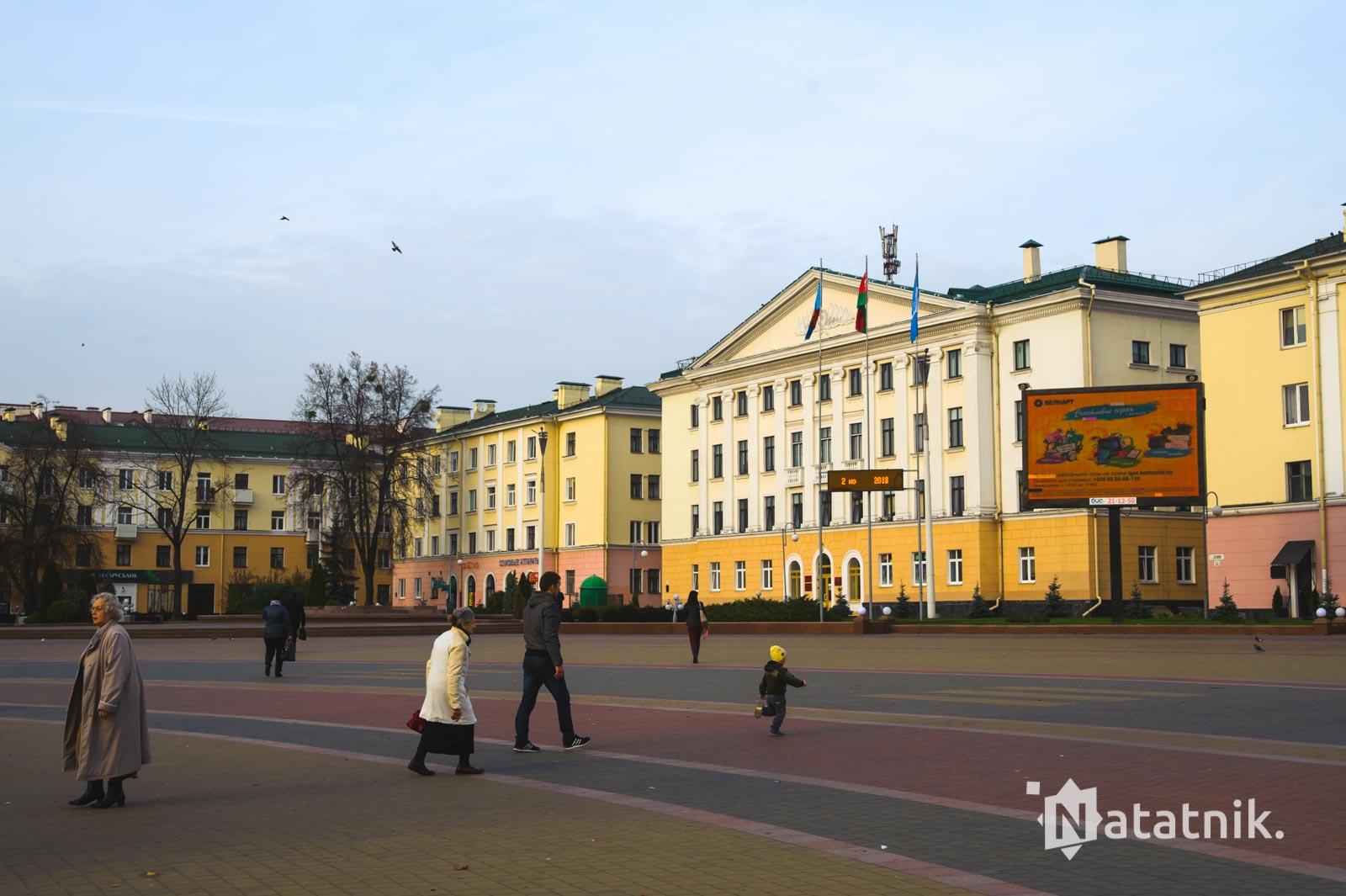 сталинки на площади Ленина, Брест